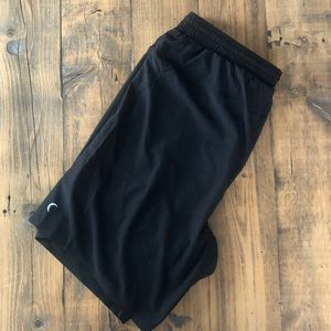 Zyia Active Black Pocket Athletic Short 9""